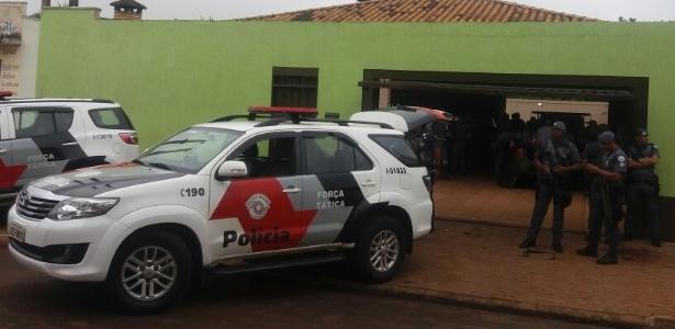 Operação da Polícia Militar em Ribeirão Preto (SP) prendeu nove pessoas neste domingo