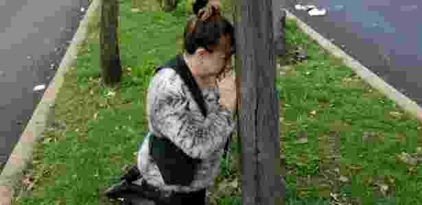 Mulher reza após novo tremor no México - JOSE LUIS GONZALEZ/REUTERS - JOSE LUIS GONZALEZ/REUTERS