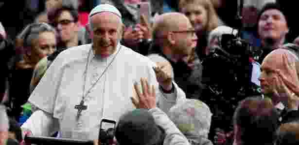 Papa Francisco interage com participantes do Festival das Famílias, em Dublin, Irlanda - Gonzalo Fuentes/Reuters