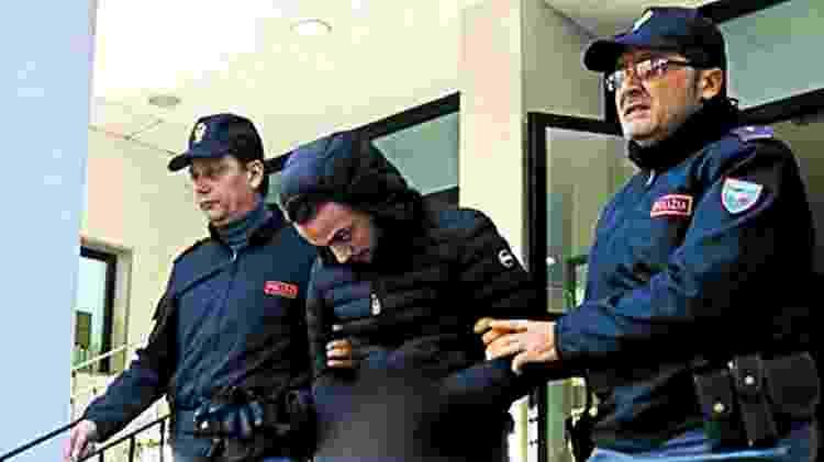 Domenico Pelle, suspeito de ser líder da 'Ndrangheta, ao ser preso, em dezembro de 2018 - Divulgação/Polícia da Itália