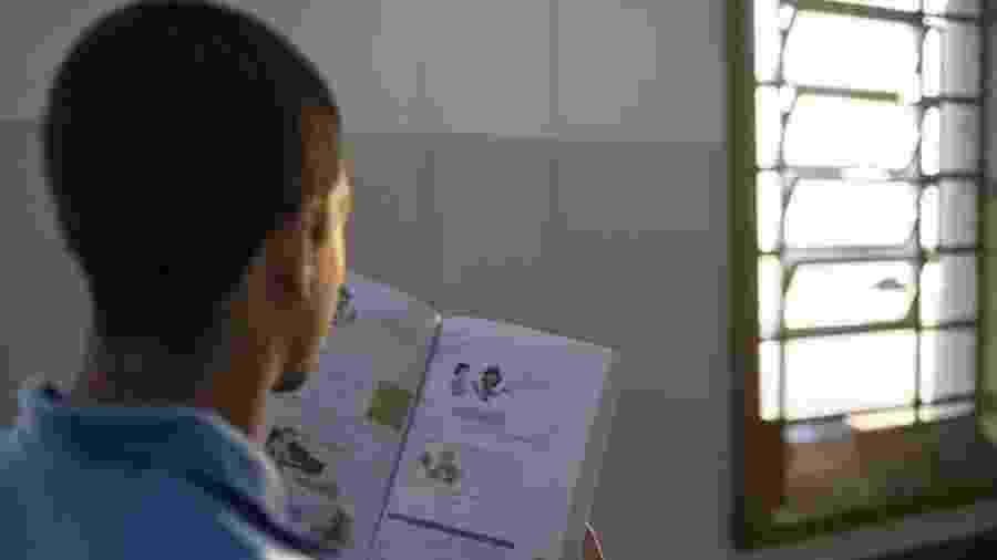 Os adolescentes se classificaram mesmo tendo a educação interrompida em diversos momentos da vida - Diego Padgurschi/BBC