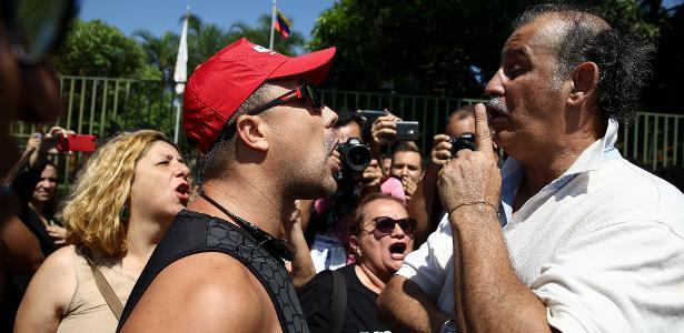 Embaixada da Venezuela em Brasília   Governo Bolsonaro diz que embaixada foi invadida e que não sabia de ato