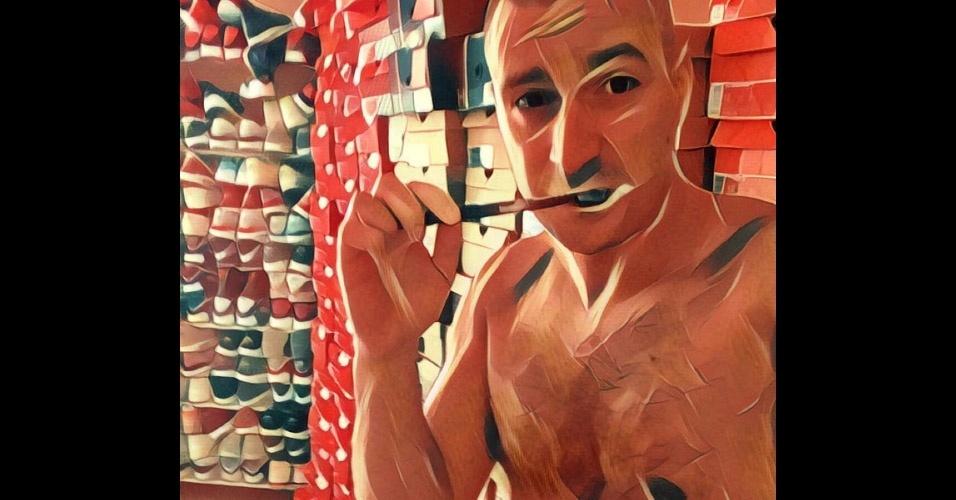12.jul.2017 - O recém-lançado aplicativo Prisma, que transforma fotos em obras de arte em poucos cliques, ganhou o gosto dos internautas. Não à toa já virou mania nas redes sociais. Quem é que não gostaria de ver um selfie aos traços de Van Gogh, Picasso, Levitan ou Hokusai? O app está disponível gratuitamente apenas para iOS