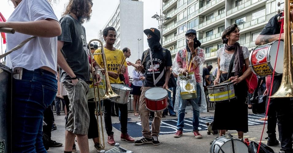Protesto contra reajuste das tarifas do transporte público em São Paulo começou na avenida Paulista em direção à casa do prefeito João Doria, no bairro dos Jardins
