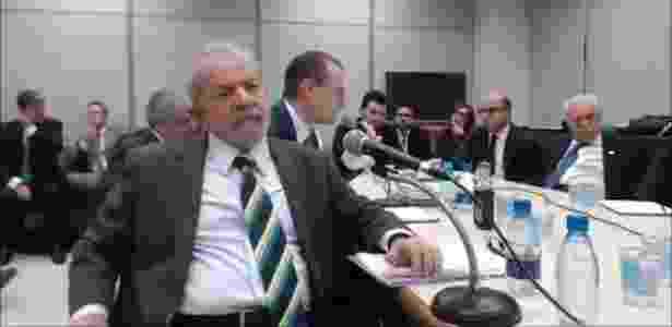 O ex-presidente Luiz Inácio Lula da Silva em depoimento ao juiz Sergio Moro em Curitiba - Reprodução