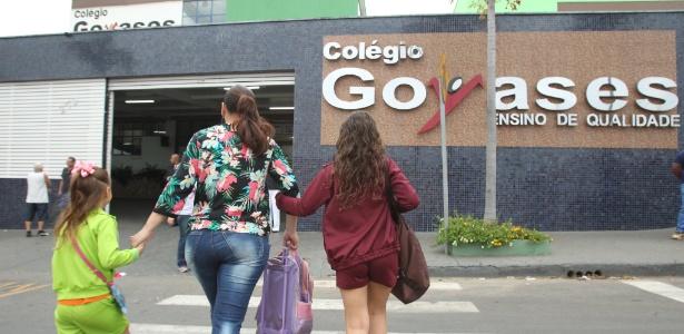 Estudantes de Goiânia retornam à escola em que aluno matou colegas - DOMÍCIO GOMES/O POPULAR/ESTADÃO CONTEÚDO