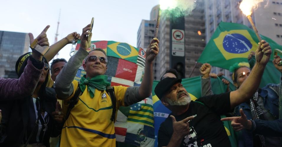 28.out.2018 -  Eleitores de Jair Bolsonaro comemoram resultado das eleições