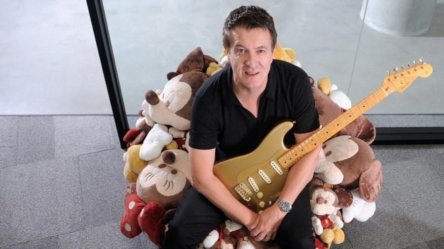 Andy Mooney, que já teve cargos de liderança na Nike e na Disney, é hoje presidente da Fender - Fender