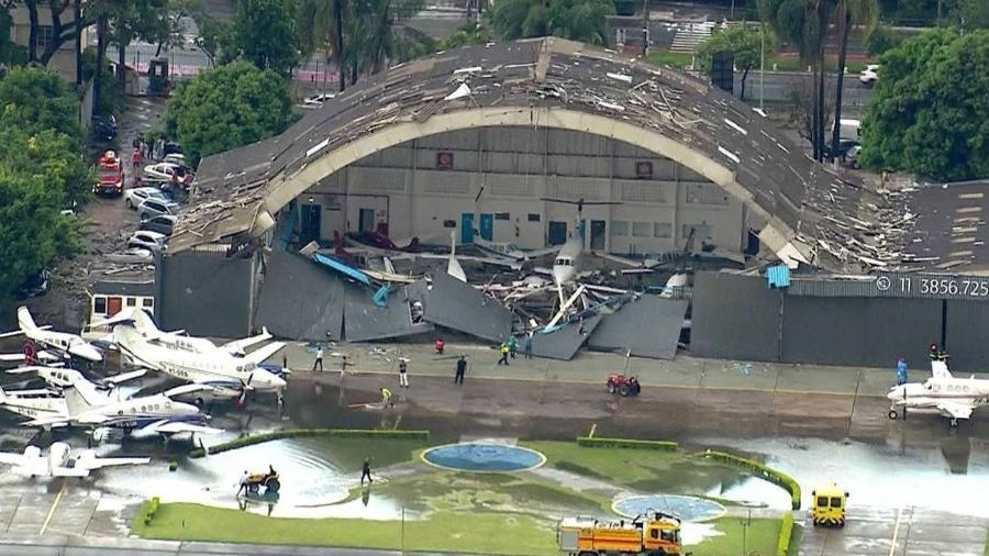 30.jan.2019 - Hangar da empresa Marte Updates, no aeroporto Campo de Marte, destruído após chuva em São Paulo - Reprodução/GloboNews