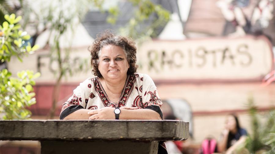 Lola Aronovich, professora universitária e blogueira feminista - Marília Camelo/UOL