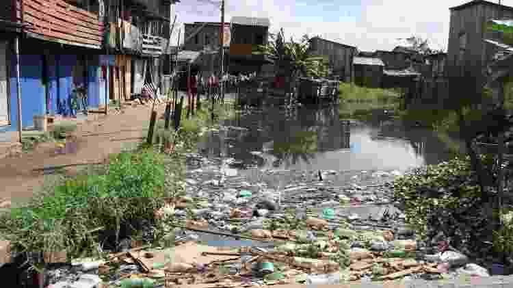 Falta de saneamento é um dos problemas da urbanização desenfreada - Antonio Cicero/Photo Press/Folhapress