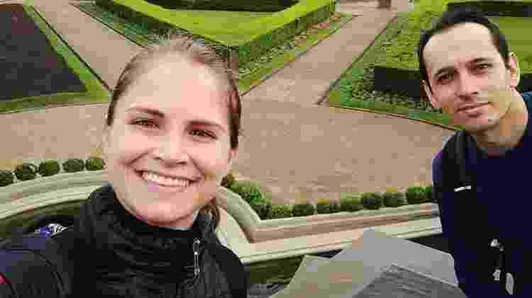 O irmão de Débora, Jonathas Nascimento Kruger, 30, e a mulher dele,  Adriane Padilha Krueger, também morreram - Reprodução/Facebook
