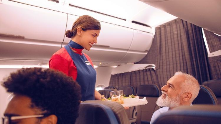 Uma cortina separa a Premium Economy do resto do avião - Divulgação