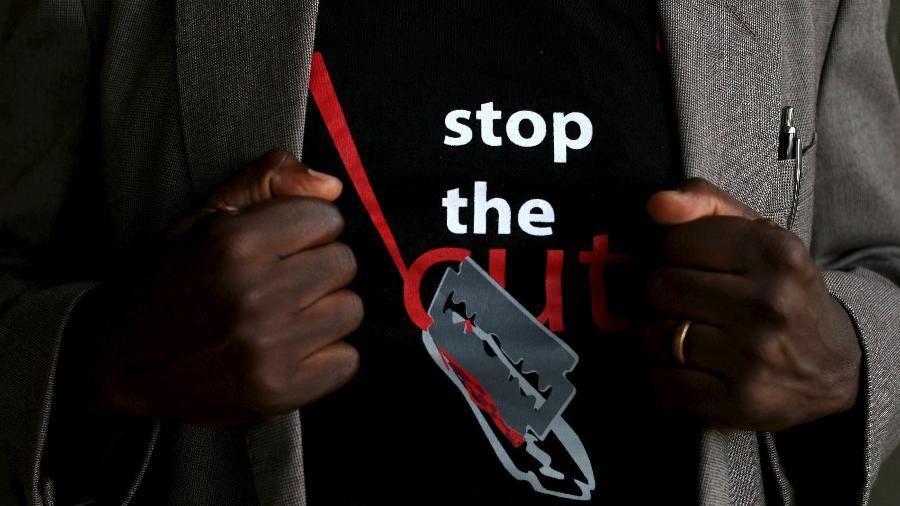 Resultado de imagem para A difícil luta contra a mutilação genital feminina