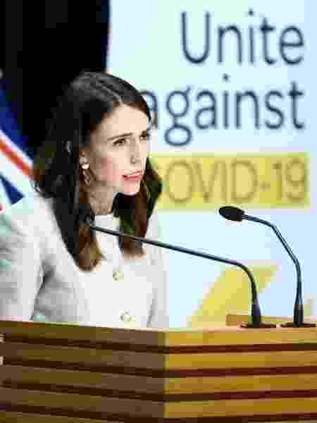 Primeira-ministra da Nova Zelândia, Jacinda Ardern, em coletiva sobre a pandemia de coronavírus - Hagen Hopkins/Getty Images