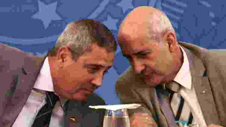 Os minsitros Braga Netto e Luiz Eduardo Ramos - WALLACE MARTINS/FUTURA PRESS/ESTADÃO CONTEÚDO - WALLACE MARTINS/FUTURA PRESS/ESTADÃO CONTEÚDO