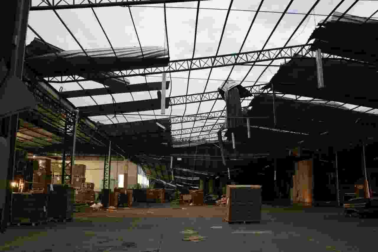 A empresa Valpasa, de Tangará (SC), teve 90% da estrutura danificada e prejuízo estimado de R$ 10 milhões - Flávio Vieira Júnior/Defesa Civil