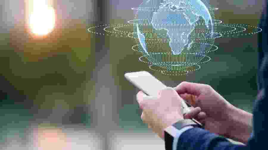 Muitas eleições em vários países foram manipuladas por bots, afirma o ex-cientista de dados - Getty Images