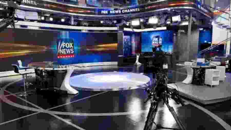 O presidente e âncoras da FOX News foram aconselhados e entrar em quarentena após exposição a vírus em voo fretado - Divulgação/FOX News