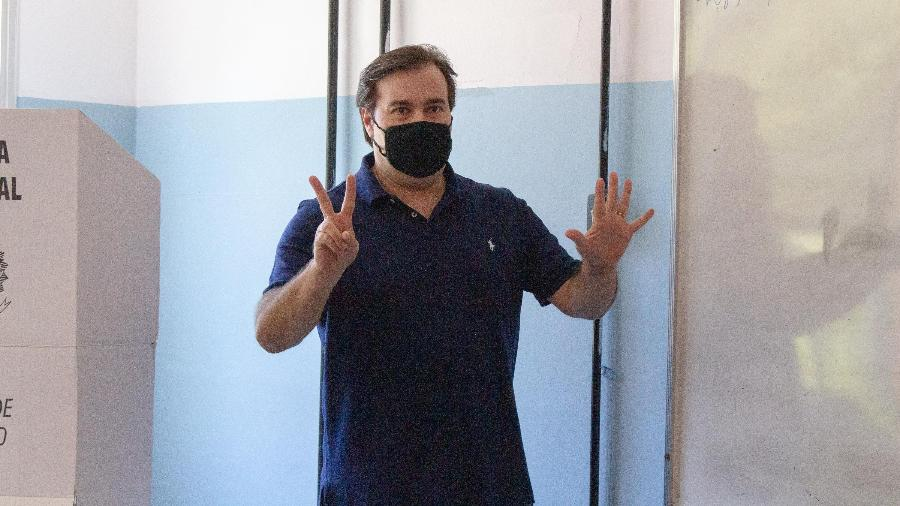 29.nov.2020 - O presidente da Câmara dos Deputados, Rodrigo Maia vota em sua zona eleitoral no Rio de Janeiro (RJ), neste domingo (29).   - BEATRIZ ORLE/FUTURA PRESS/ESTADÃO CONTEÚDO