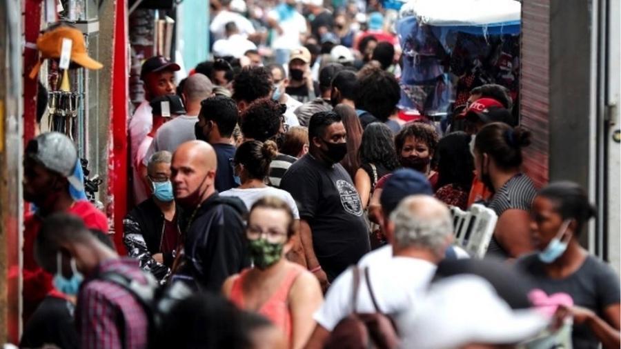 A esperança de longevidade dos brasileiros retornou ao patamar de 2013 - EPA