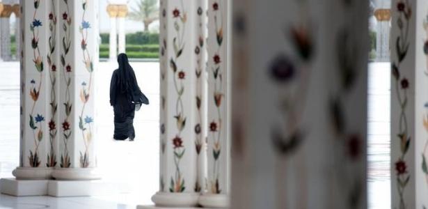 Casos de maus-tratos de serviçais são comuns nos países do Golfo