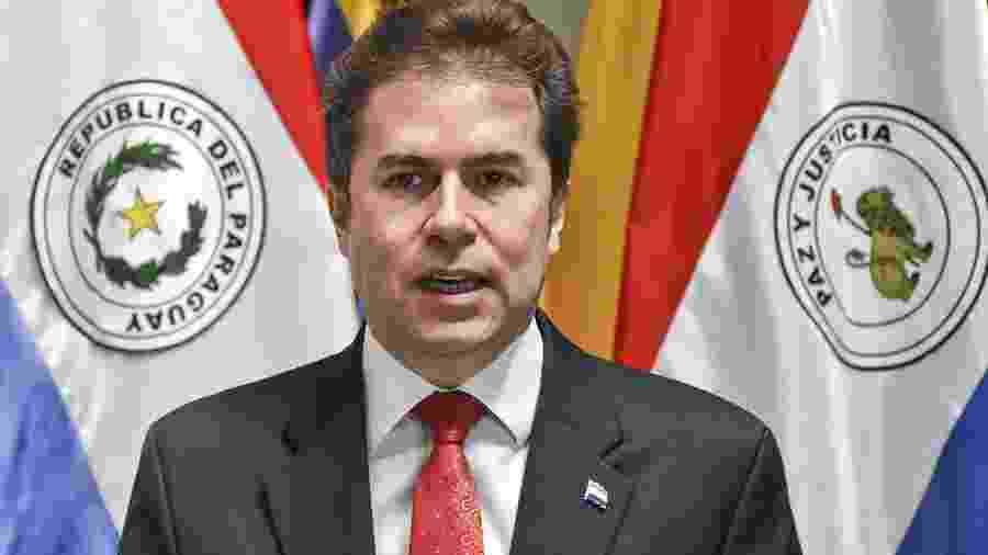 5.set.2018 - Ministro de Relações Exteriores do Paraguai Luis Alberto Castiglioni durante conferência de imprensa em Asuncion - Norberto Duarte/AFP