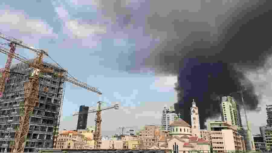 Incêndio acontece cerca de um mês depois de grande explosão no porto de Beirute - Joseph Eid/AFP