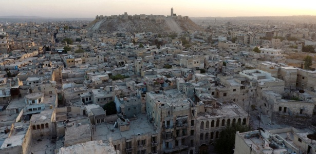 Vista geral da área antiga e da cidadela histórica de Aleppo, na Síria