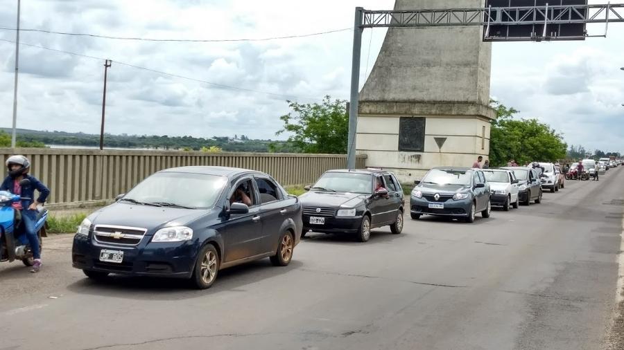 Passagem de carros entre a fronteira de Brasil com Argentina, pela cidade de Uruguaiana (RS) - 15.ago.2018 - Sinpef-RS