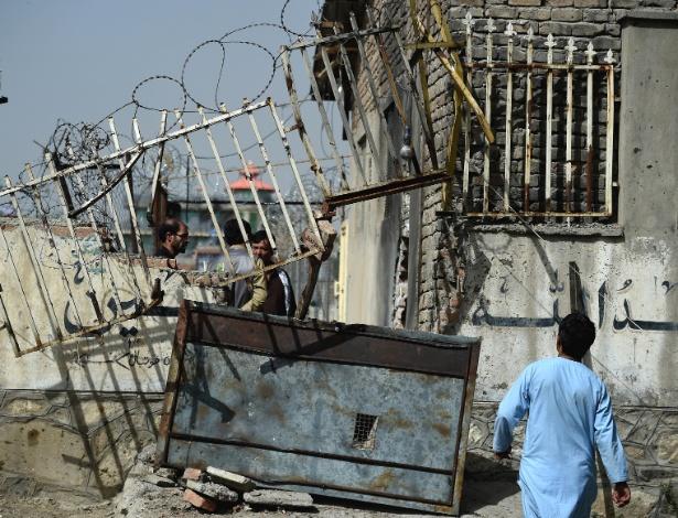 6.set.2018 - Prédio do Clube de Luta Livre de Maiwand, em Cabul, no Afeganistão, ficou destruído após explosão de homem-bomba - Wakil Kohsar/AFP