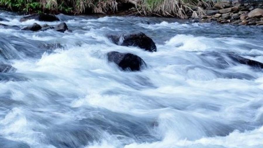 "Correnteza no rio Mambucaba, no Parque Nacional da Serra da Bocaina (RJ); temporada de chuvas amplia risco de trombas d""água - ICMBio"