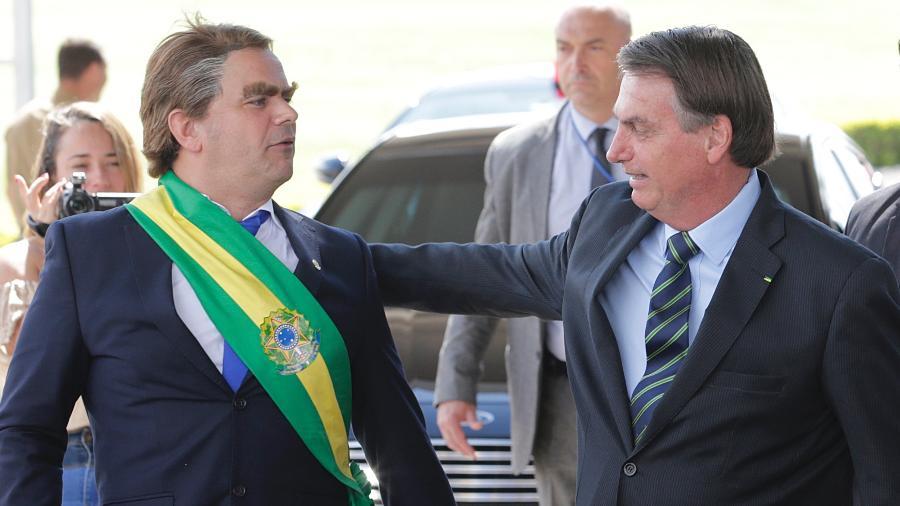 Bolsonaro ao lado do humorista Carioca no Palácio da Alvorada - DIDA SAMPAIO/ESTADÃO CONTEÚDO