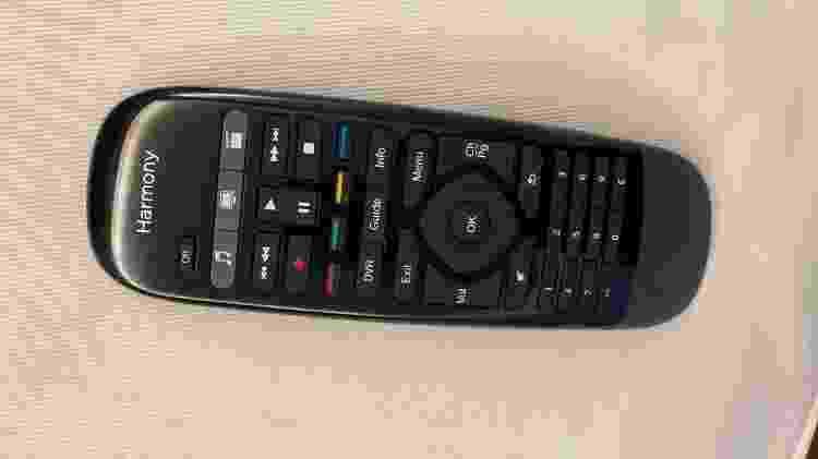 Harmony Smart Control - controle remoto - Marcella Duarte/UOL - Marcella Duarte/UOL