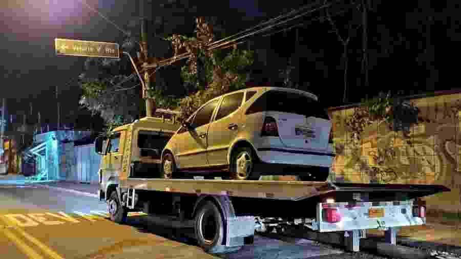 Mais de meio milhão de reais em multas: veículo foi apreendido em Guarulhos (SP) - Divulgação/Polícia Militar