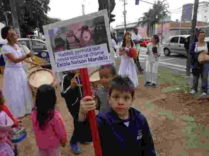 Alunos da Emei (Escola Municipal de Educação Infantil), em São Paulo, realizaram um manifestação para pedir a troca do nome da unidade para Nelson Mandela - Emei Guia Lopes/Divulgação