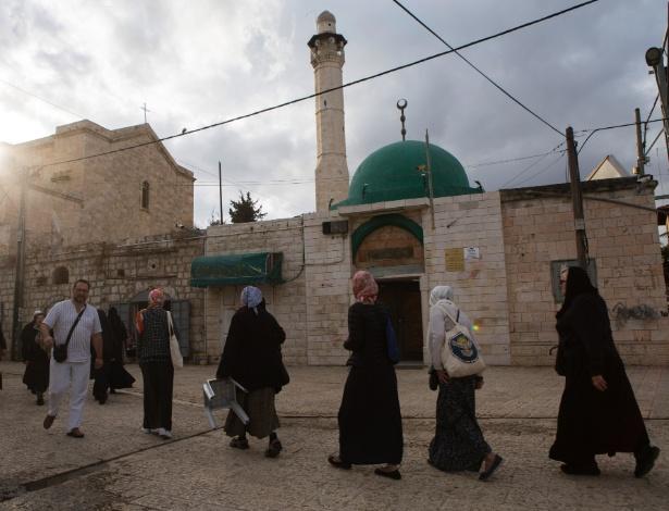 A mesquita de Al-Omeri, em Lod, uma cidade de árabes e judeus em Israel