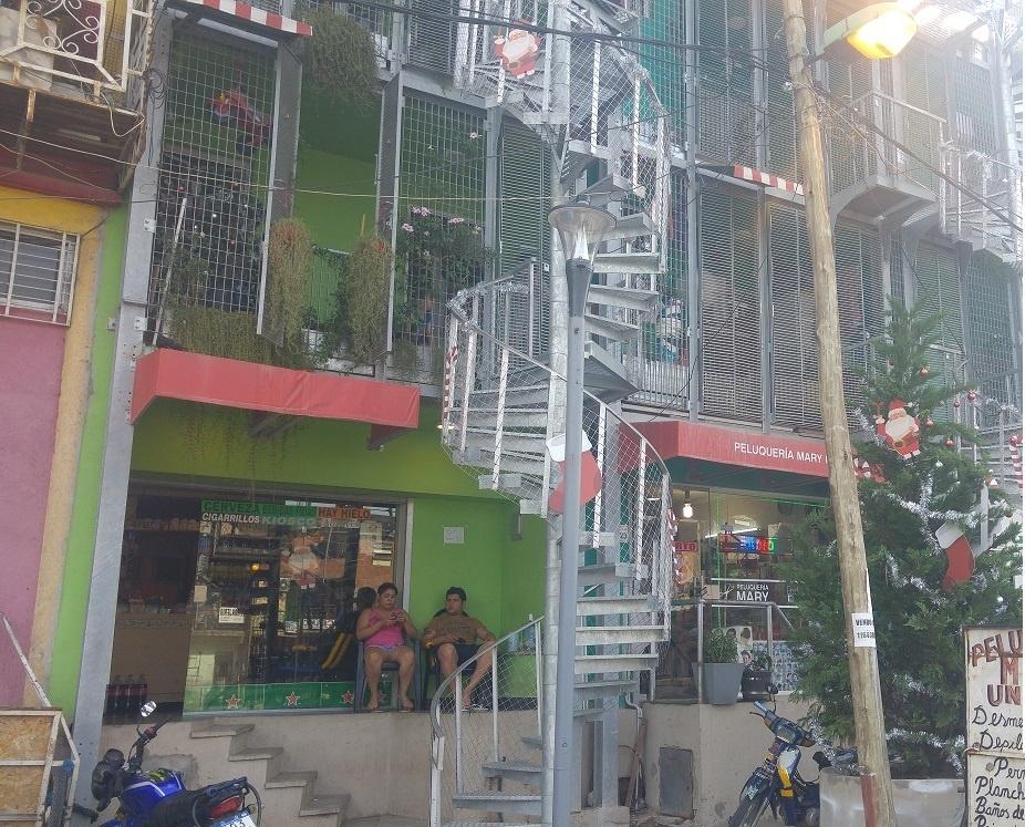 """Projeto do governo prevê transformar a Villa 31 no """"Barrio 31"""""""