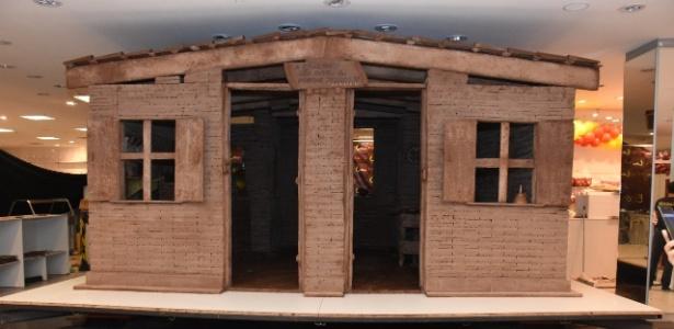 Casa de chocolate feita em Uberaba (MG) é considerada a maior do mundo pelo Guiness