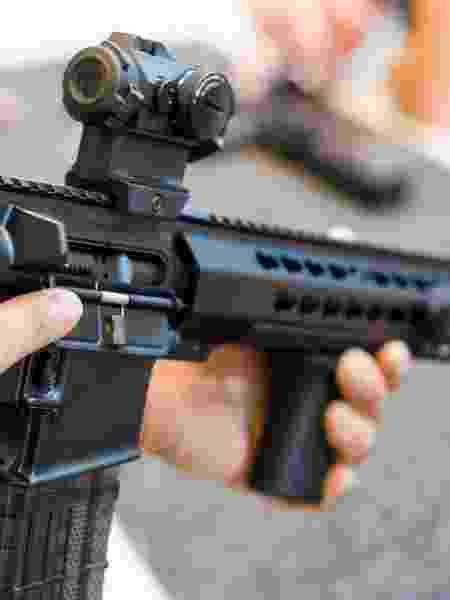 Imagem ilustrativa de um fuzil - Getty Images/iStockphoto