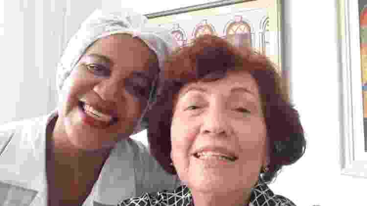 A presidente da do Movimento das Donas de Casa e Consumidores da Bahia (MDCCB), Selma Magnavita,e sua empregada Marilene Melo Ramos - Aurélio Nunes/UOL - Aurélio Nunes/UOL