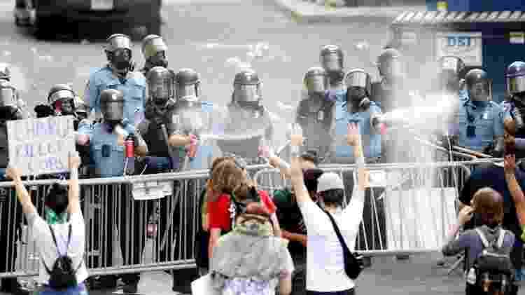 Manifestações contra a morte de George Floyd acabaram em violência - Reuters - Reuters