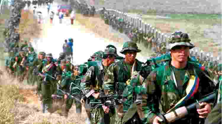 A guerra contra as gerrilhas na Colômbia deixou um total de 262 mil mortos - Reuters - Reuters