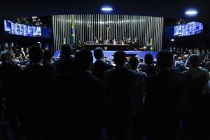 Deputados assistiram à sessão do Senado nesta quarta-feira (25)