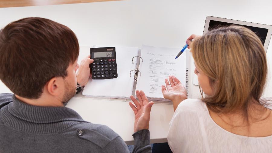 Um casal pode optar por fazer declaração conjunta ou separada no Imposto de Renda 2021 - iStock