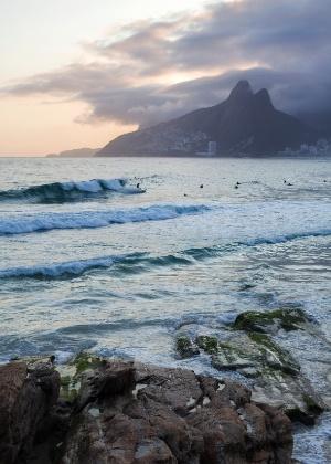Pôr do sol no Rio; zika e crise política derrubam preços para turistas