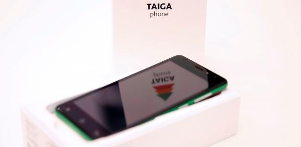 Criado por empresa russa, celular TaigaPhone é aparelho à prova de roubo de dados