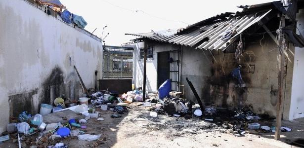 """Conselho penitenciário detectou, em março de 2017, existência de briga entre facções por """"espaços de crime"""", no presídio Odenir Guimarães, onde houve rebelião"""