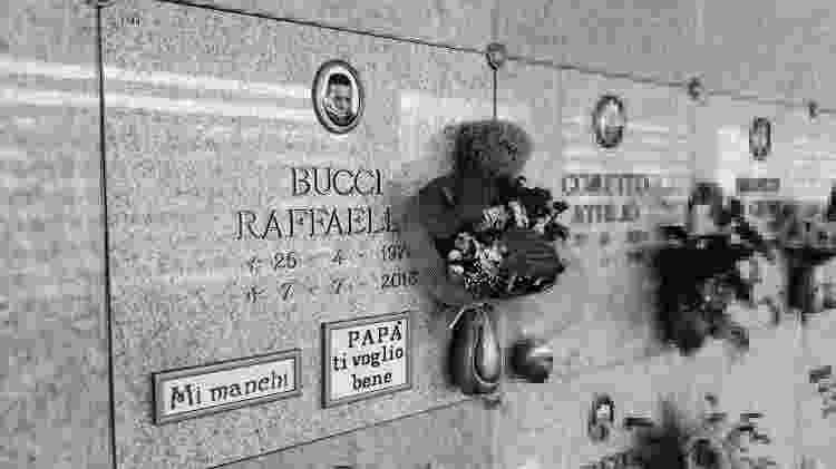 Túmulo de Raffaello Bucci, no cemitério de Cuneo - Lorenzo Bodrero/IRPI - Lorenzo Bodrero/IRPI