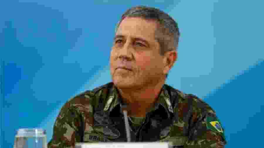 General Braga Netto, novo ministro da Casa Civil. Bolsonaro, seu chefe, critica operações de GLO anteriores. A mais famosa, no Rio, foi liderada por... Braga Netto - Beto Barata/PR/Flickr/Flickr